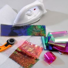 Fusing Film and Fibre Packs Textiles Techniques, Art Techniques, Fabric Beads, Fabric Art, Quilt Tutorials, Art Tutorials, Angelina Fibres, Textiles Sketchbook, Fabric Manipulation