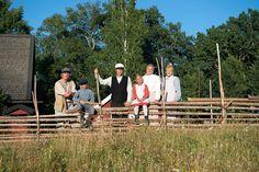 Vimmerby, Astrid Lindgrens Världs egen hytte- og campingby, ligger kun 250 m fra inngangen til fornøyelsesparken. Hyttene er laget i svensk husmannsstil. Sweden, Couple Photos, Couple Pics, Couple Photography