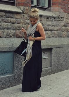 Love the maxi dress with the oversized scarf