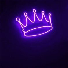 Read harry styles purple crown from the story Butterfly Wings (Themes) by SeraphStarshine (Starr) with 503 reads. Violet Aesthetic, Dark Purple Aesthetic, Lavender Aesthetic, Aesthetic Colors, Aesthetic Collage, Aesthetic Drawings, Aesthetic Girl, Aesthetic Pictures, Aesthetic Clothes