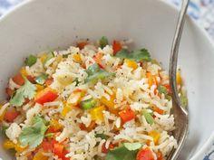 riz basmati, poivron rouge, poivron, oignon, ail, sel, poivre, cumin, poivre de cayenne, thym, huile d'olive