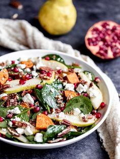 Recipes - Salads Beautiful and festive roasted sweet potato, pear and pomegranate spinach salad with creamy goat cheese, toasted pecans and a tangy balsamic dressing // Ambitious Kitchen Pecan Chicken Salads, Herb Roasted Chicken, Roasted Sweet Potatoes, Creamy Spinach, Spinach Salad, Sauce Française, Creamy White Wine Sauce, Mushroom Wine Sauce, Beef Tenderloin Roast