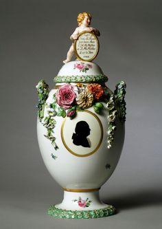 Royal Copenhagen Porcelain (Denmark) — Covered Vase, 1783 (2900×4092)