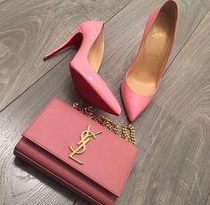 Fashion Shoes and Dresses Fashion Handbags, Fashion Bags, Fashion Shoes, Fashion Accessories, Yacht Fashion, Girl Fashion, Shoe Boots, Shoes Heels, Shoe Bag