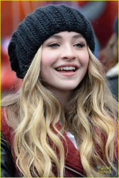 Throwback to the Macy's Thanksgiving Day Parade! Sabrina preformed Middle Of…