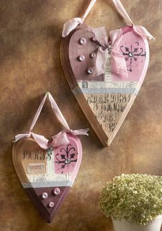 Dye-Stain Heart Wall Plaques