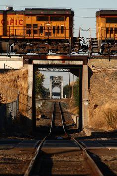 https://flic.kr/p/5veRXg | Train crossing | Train tracks in Midtown Sacramento. October 2008.