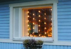 lumiukon mietteitä, tähtiverho ikkunassa