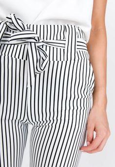 Letné biele pruhované nohavice s viazaním v páse - ROUZIT.SK Striped Pants, Fashion, Moda, Stripped Pants, Fashion Styles, Striped Shorts, Fashion Illustrations, Stripe Pants
