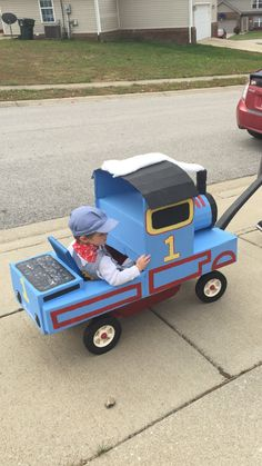 Thomas the Train Costume & Conductor made from cardboard and a wagon!