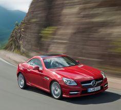 Mercedes-Benz SLK 250 CDI. Fuel consumption combined: 5,0-4,8 l/100km, CO2 emissions combined: 129-124 g/km. #MBCars