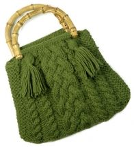 Cabled bag - I would lose the tassels and use different straps but I like the pattern, very cute.