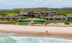 Exclusive Beach Spa & Resort, Barra de São Miguel - AL, Brasil Chevrolet S10, Resort Spa, Vacation Spots, Travel Style, South America, Brazil, Places To Go, Dolores Park, Mexico