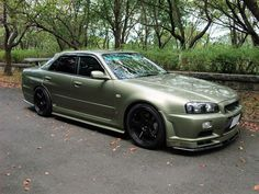 Nissan Skyline R34 Sedan. id give up the crown vic for this!