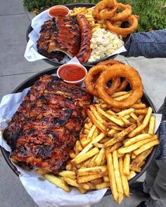 : grubspot - December 06 2018 at - and Inspiration - Yummy Fatty Meals - Comfort Foods Recipe Ideas - And Kitchen Motivation - Delicious Steaks - Food Addiction Pictures - Decadent Lifestyle Choices Food Porn, Bbq Ribs, Food Goals, Aesthetic Food, Food Cravings, I Love Food, My Favorite Food, Soul Food, Food Photography