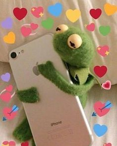 50 Ideas memes de amor rana rene for 2019 Crush Memes, 100 Memes, Best Memes, Memes Amor, Sapo Meme, Memes Lindos, Heart Meme, Current Mood Meme, Memes In Real Life