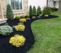 Front Yard Garden Design Front Yard Landscaping Ideas - Check Out these Perry House Decoration photos of front yard landscaping designs as well as get suggestions for your personal garden. Inexpensive Landscaping, Small Front Yard Landscaping, Front Yard Design, Home Landscaping, Landscaping Design, Simple Landscaping Ideas, Landscaping Around House, Backyard Ideas, Front Yard Gardens