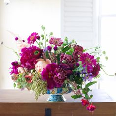 Early Autumn Highlights - Tulipina - Kiana Underwood Flowers: peony, carnation, rose, ranunculus, silene, zinnia, privet, sumac, astilbe
