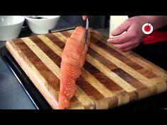 YouTube Sushi, Butcher Block Cutting Board, Youtube, Youtubers, Youtube Movies, Sushi Rolls