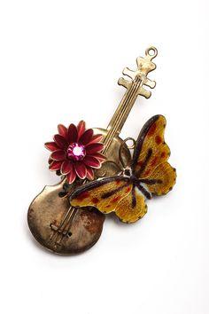 Unique Boutonniere   Violin Butterfly Musician Boutonniere