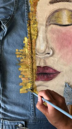 Hand painted custom denim jacket Gustav Klimt Golden tears ( read the description ! Painted Denim Jacket, Painted Jeans, Painted Clothes, Painted Rug, Hand Painted Fabric, Denim Kunst, Custom Denim Jackets, Denim Jacket Patches, Denim Jacket Styles