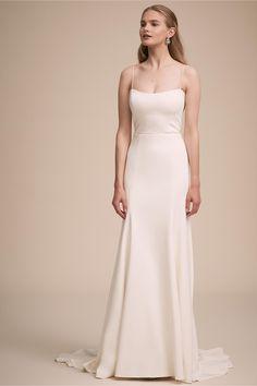 Montrose Gown Ivory in Bride Slip Wedding Dress, Bhldn Wedding Dress, Wedding Dress Necklines, Top Wedding Dresses, Wedding Dress Accessories, Wedding Dress Trends, Bridal Gowns, Prom Dresses, Traje Semi Formal