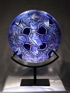 """Blown and etched glass sculpture by David Schwarz, Z.A.O.F, 2009. 20.5 x 14 x 9"""""""