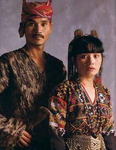 Different traditional Filipino attires based on region