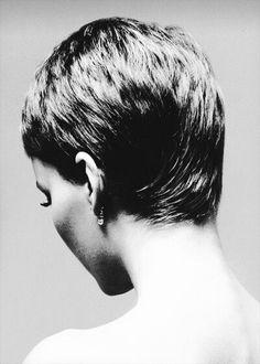 Mia Farrow by Richard Avedon.