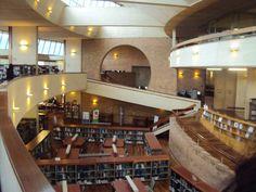 Biblioteca Virgilio Barco Arq: Rogelio Salmona Bogotá, Colombia. Public Library Design, Amazing Architecture, Brick, Building, Libraries, Furniture, 3d, Home Decor, Google