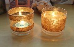 teelicht basteln mit kinder goldene glitter kleine kerze diy tischdeko teelichthalter aus glas mit brokat