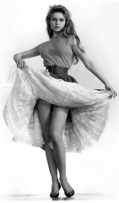 Brigitte Bardot by Sam Lévin 1954 i dislike the woman she is now because she is racist, but is an icon of the past