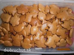 Najlepšie mäkké medovníčky Czech Desserts, Sweet Desserts, Sweet Recipes, Xmas Cookies, Gingerbread Cookies, Baking Recipes, Cookie Recipes, Honey Cookies, Czech Recipes