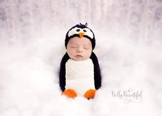 Poppy Penguin Hat and Cocoon Set Knit