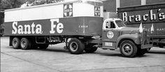 Santa Fe Mack B61 Straight Truck http://www.flickriver.com/photos/14024074@N05/5971549723/