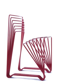 Modelo · The red chair · Limited Edition · diseñado por Alexandre Lervik 2005 Street Furniture, Metal Furniture, Cheap Furniture, Modern Furniture, Furniture Design, Furniture Inspiration, Design Inspiration, Muebles Art Deco, Interior Desing