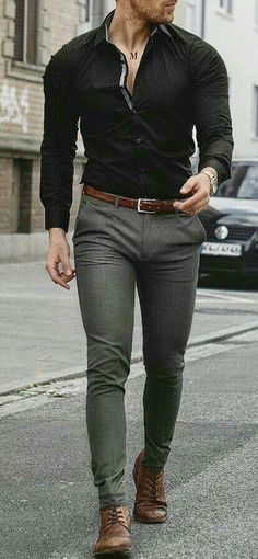 casual mens fashion which is great. Mens Fashion Wear, Fashion Mode, Fashion Styles, Mode Man, Formal Men Outfit, Stylish Mens Outfits, Mens Style Guide, Style Men, Herren Outfit