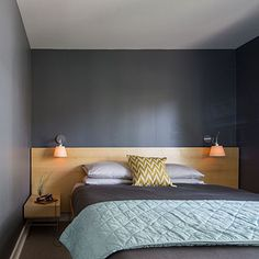 Trick the eye - 15 Genius Space-Saving Room Ideas - Sunset really like this minimalist idea. Maybe with a small drawer incorporated.