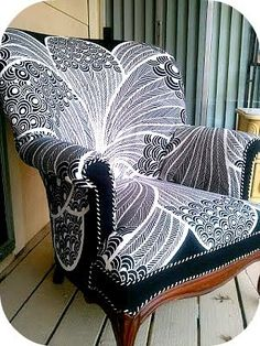 Fauteuil - upholstery tutorial (fabric is from Ikea) Funky Furniture, Furniture Projects, Furniture Makeover, Refurbishing Furniture, Chair Makeover, Diy Chair, Ikea Chair, Upholstered Furniture, Wingback Chair
