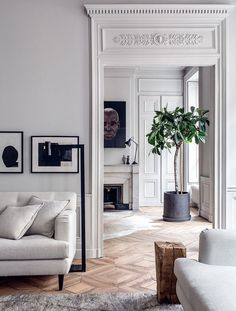This incredible French home belongs to interior designers Pierre Emmanuel Martin and Stéphane Garotin of Maison Hand. Located in the Ainay district of Lyon, the 140 square metre apartment is on the th
