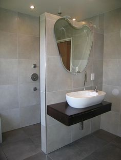 Wet Room Design: A Wet Room Can Save Space and Make Showering a More Pleasurable Experience | Suite101.com