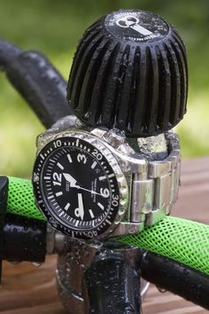 A place to enjoy and post pictures of cool watches and tasty brews. Nice Watches, Sport Watches, Watches For Men, Totally Awesome, Awesome Stuff, Tactical Watch, Seiko Diver, Seiko Automatic, Watch Box