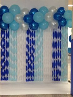 Newest Photo Birthday Decorations balloons Ideas You don't have to retain an indoor developer to manufacture a massive declaration at your next par … - New Site Baby Shower Balloons, Baby Shower Games, Baby Boy Shower, Baby Balloon, Diy Birthday Decorations, Baby Shower Decorations, Streamer Decorations, Streamer Ideas, Streamer Backdrop