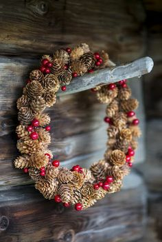 Rustic Christmas Wreath.