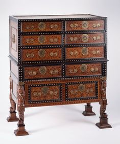 #atelierjulioleal Cabinets, Portugal, Antiques, Furniture, Home Decor, Closets, Antique, Wall Cupboards, Antiquities