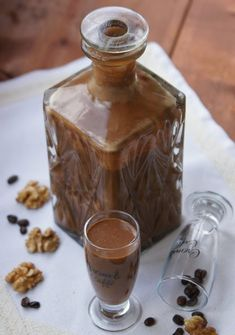 my passions: Liqueur Caramel cocoa-coffee with a hint of walnut Smoothie Drinks, Smoothies, Toffee Bars, Czech Recipes, Polish Recipes, Polish Food, Blue Curacao, Irish Cream, Classic Cocktails