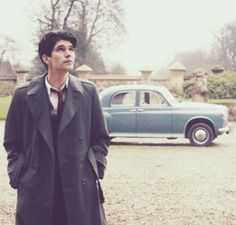I dont know who I admire more, Ben Whishaw or Freddie Lyon. They are both perfect in my eyes!