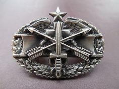 Special Forces Combat Medical SF Badge Pin US Army SOG Airborne Insignia CK305