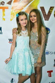 Celebs, Formal Dresses, Idol, Music, Fashion, Celebrities, Dresses For Formal, Musica, Moda