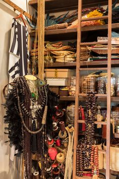 Ateliê, peças naturais, decoração natural, sementes, peça fashion. Decoration, Open House, Craft, Fashion, Natural Decorating, Seeds, Strong, Nature, The World